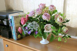 リビングにお花を飾ろう
