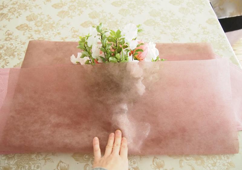 はじめてでも簡単!花束のラッピングのコツ