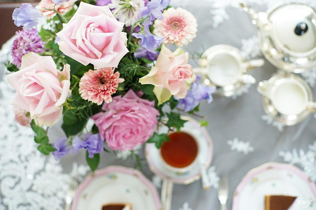 紅茶の歴史とイギリスのフラワーアレンジメント
